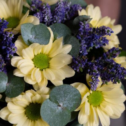 Интерьерная композиция с хризантемой в челябинске
